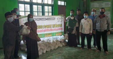 Bantu Warga Isoman, Lazisnu Karawang Distribusikan Paket Sembako